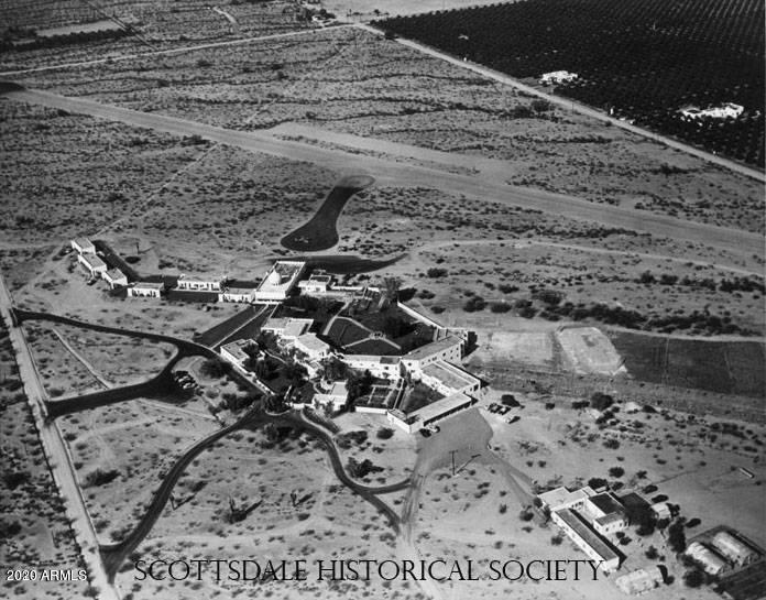 Overhead historical image of Casa Blanca with the old airstrip to the Northeast